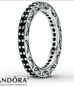 Pandora Authentic Eternity band